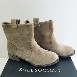 NEW Sole Society Suede Booties